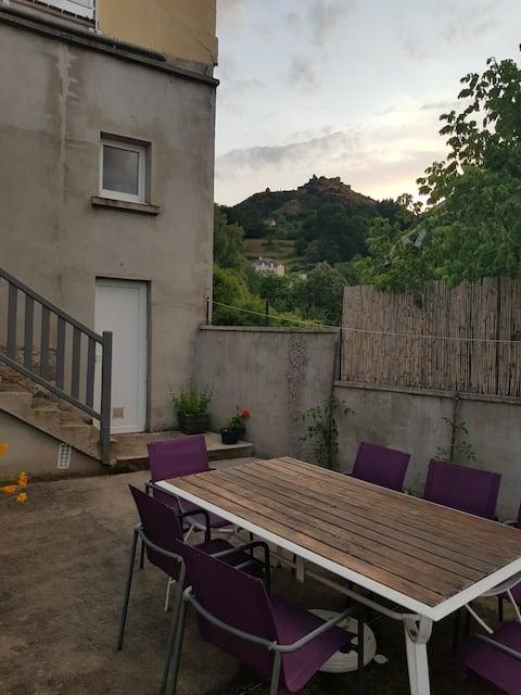 Logement indépendant avec Grande terrasse