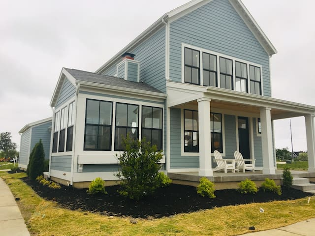 Brand New Harbor Shores Cottage on the River!!!