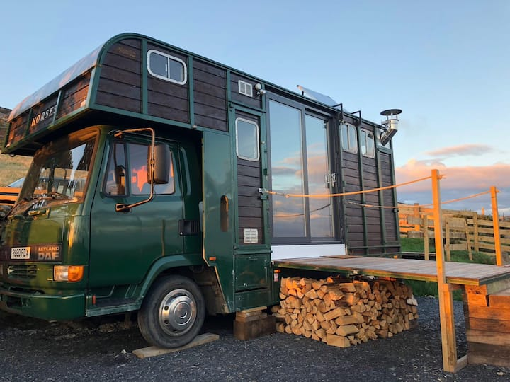 Horse Box - Glamping with a view!