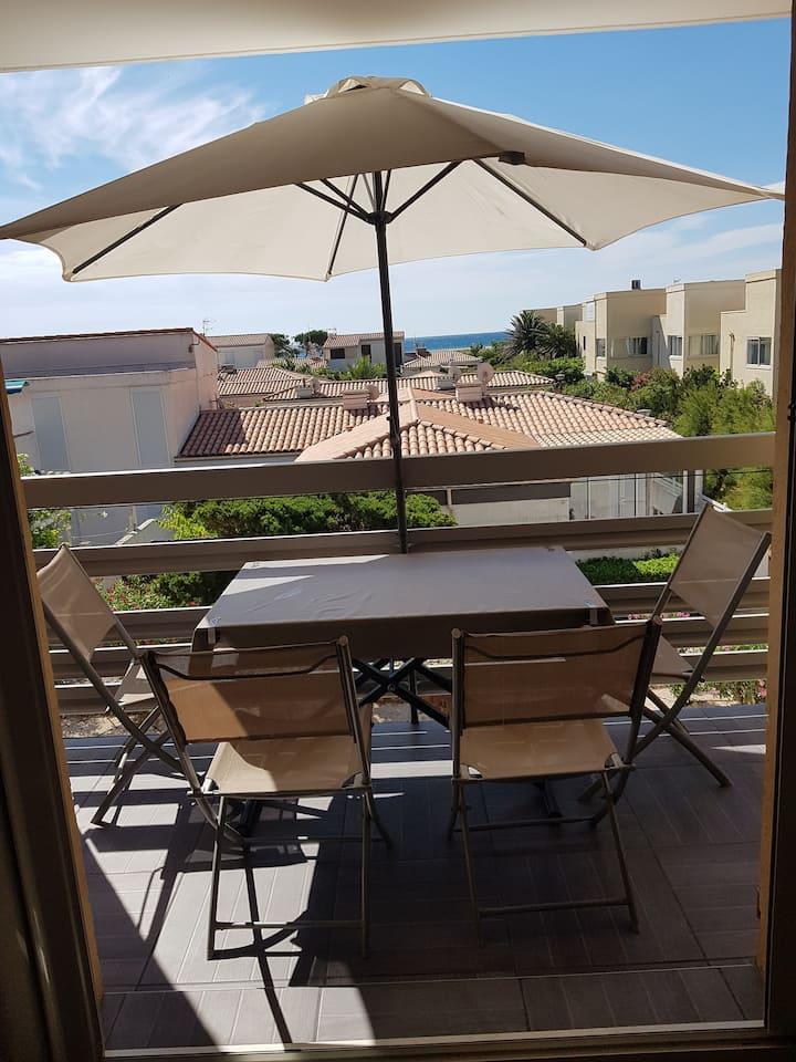 Appartement à 100m de la plage avec vue sur mer