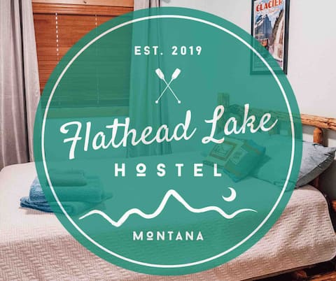 Flathead Lake Hostel - The Huckleberry