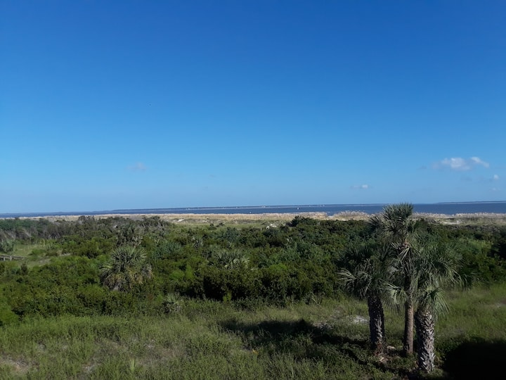 Lighthouse Point Ocean Retreat