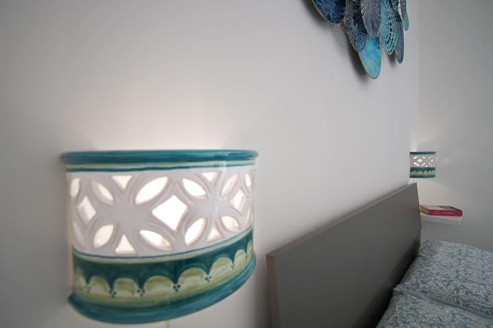 Dettagli decorazioni camera da letto