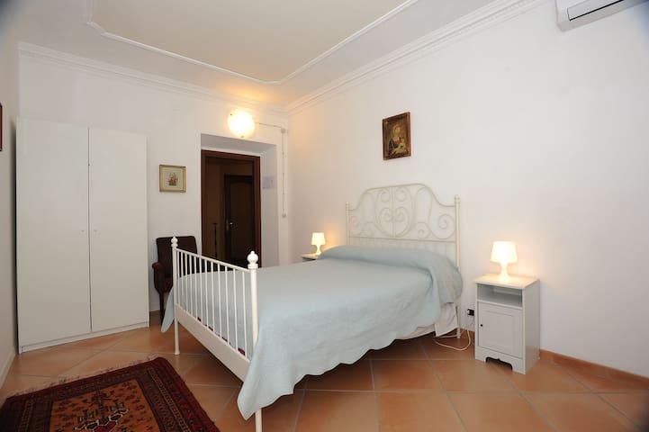 camera da letto 3 - mq.14