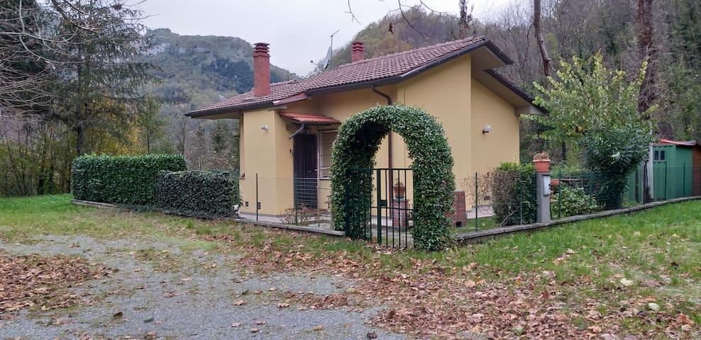 A Tuscan Corner