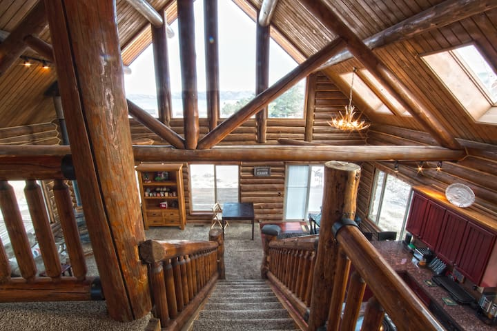 The Two Moose Inn - Bear Lake Log Cabin for Groups - Garden City - Blockhütte