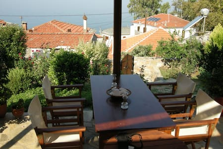 Traditional family/couple holiday house - Afissos - Dům