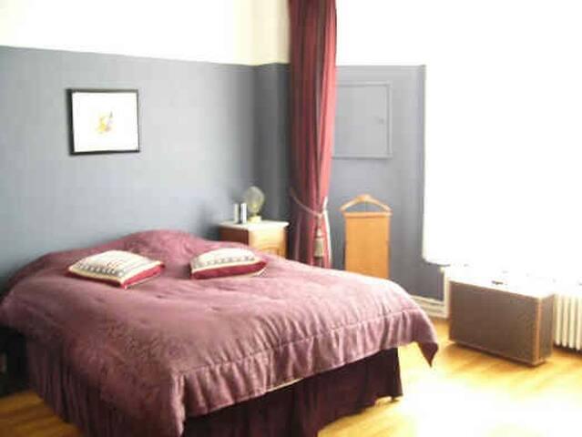 CHAMBRE DOUBLE DSB PRIV.MONTGOMERY  - Woluwe-Saint-Pierre - Apartamento