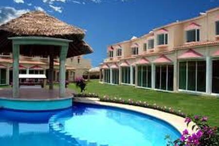 Hermosa y acogedora casa en Cocoyoc - Cocoyoc