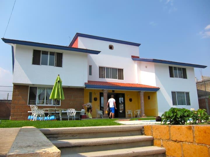 Hermosa y amplia casa de campo Oaxtepec, Morelos