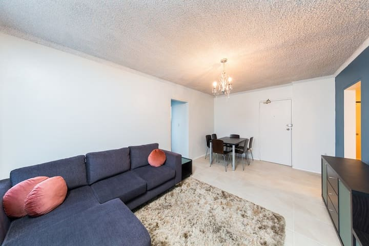 Stylish 2 bedder in Dee Why