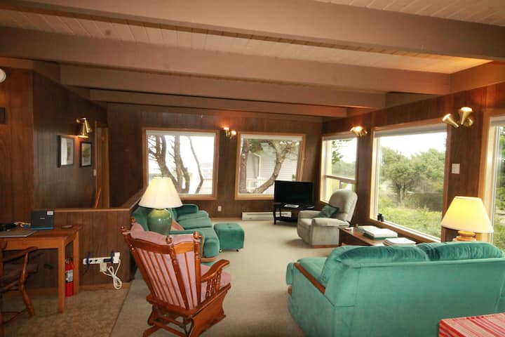 Whales' Nook Vacation/Beach Rental