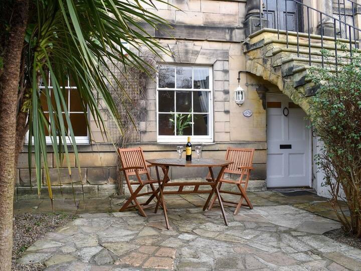 Garden Oasis (UK30340)