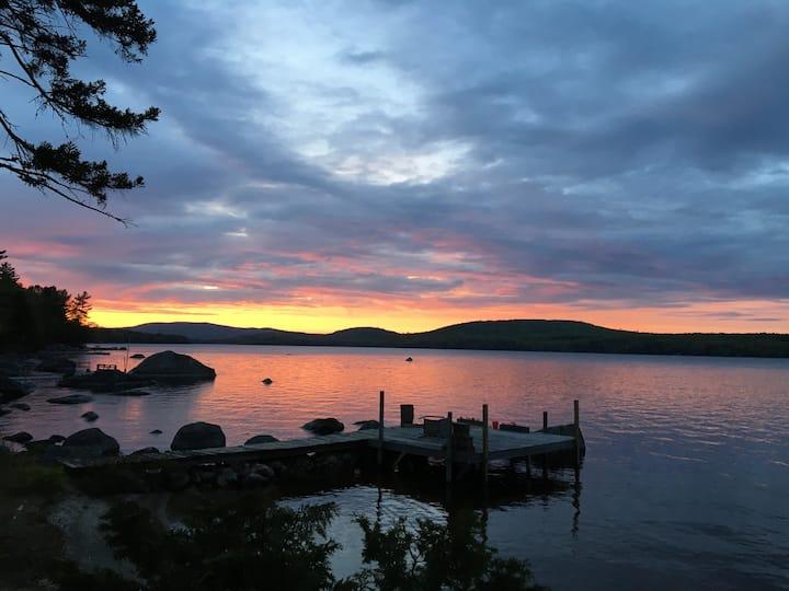 Peaceful Lakefront Loft Getaway