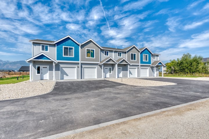 Brand New Town-home in the heart of Corvallis