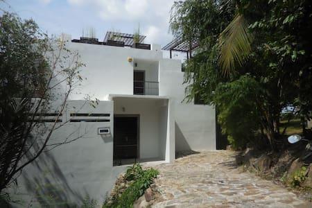 Fab Sea View 2  Bed Villa/Pool/Roof Terrace/wi/fi