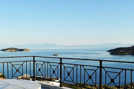 Blue Bay Skiathos Guesthouse - Скиатос