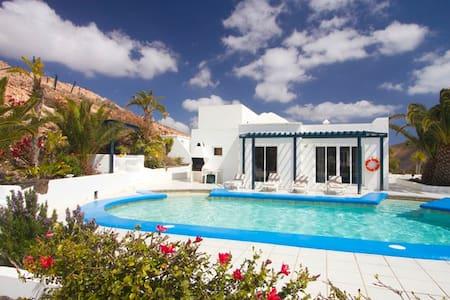 Casa Femes - Лас-Пальмас - Отпускное жилье