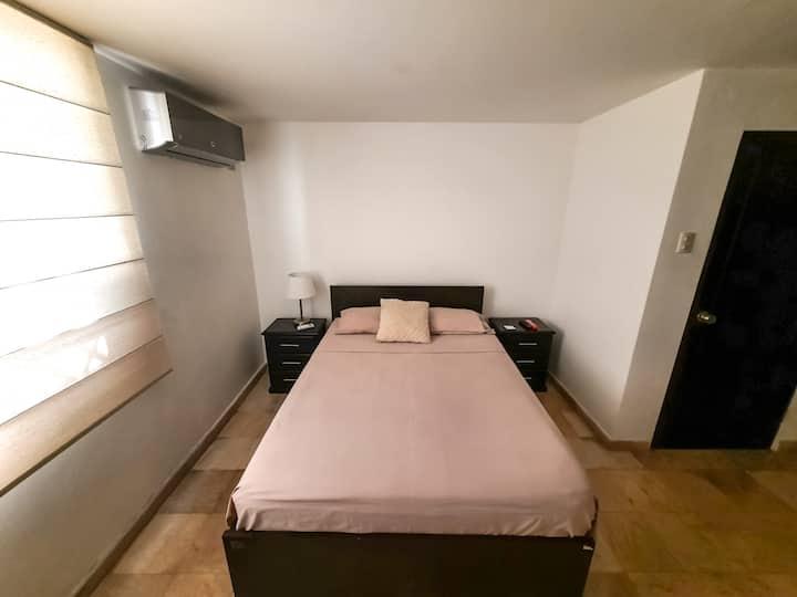 Habitación #5 en hermoso departamento Lomas Urdesa