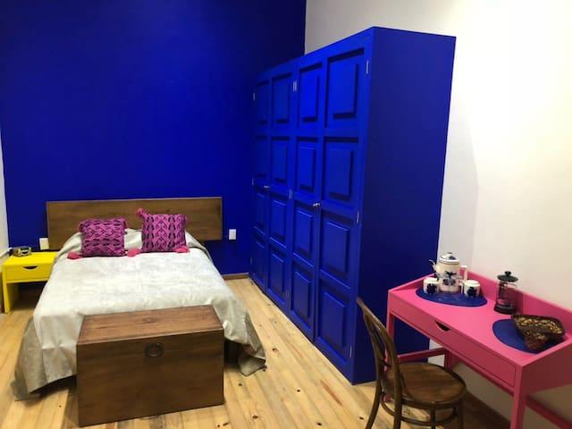 Casa Galeria Azul 2