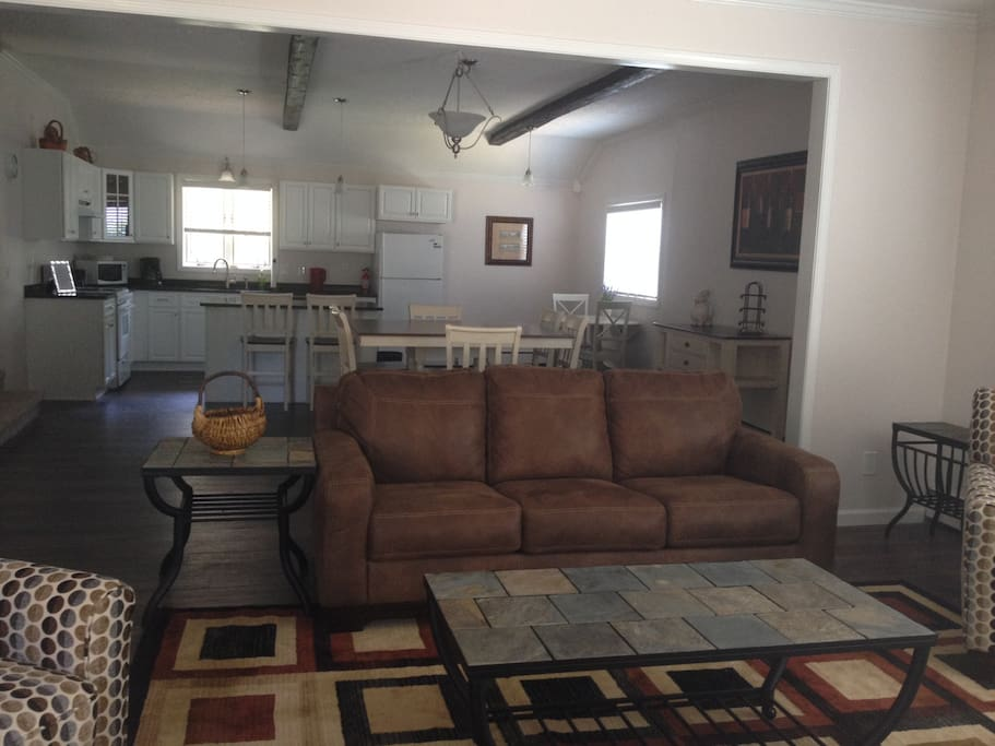 Living Room, fully equipped kitchen