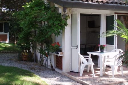 Small masonry houses in the woods 1 - Lido di Jesolo