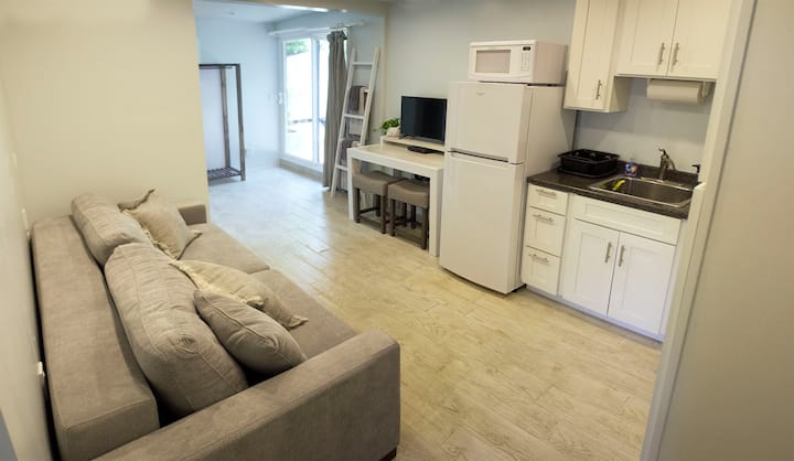 Newly Built Small Studio In the Heart of Kailua
