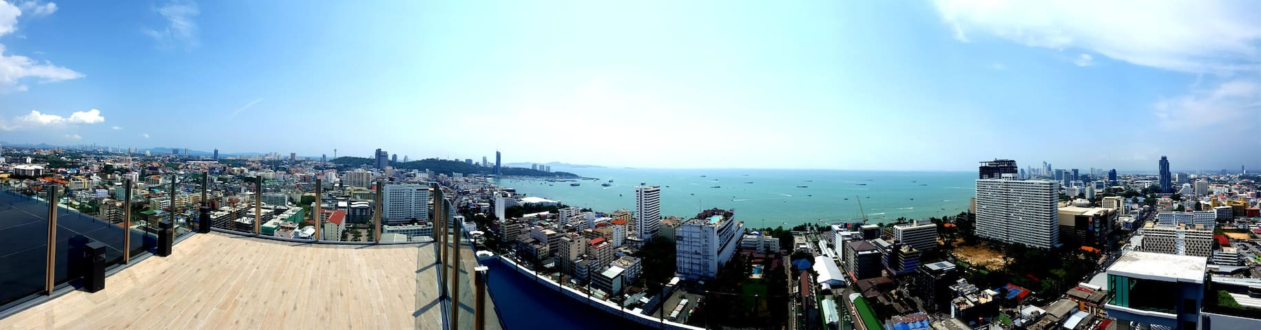 Panoramic view deck