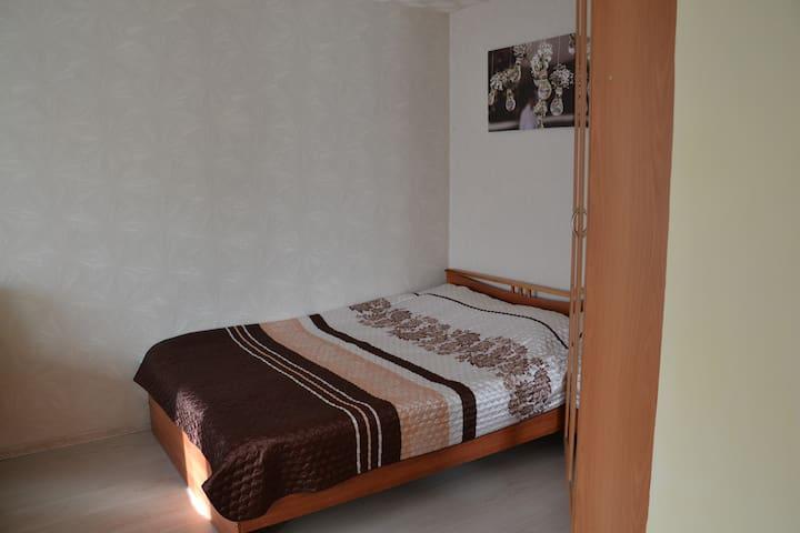 Размеры кровати 2 м на 1.4 м