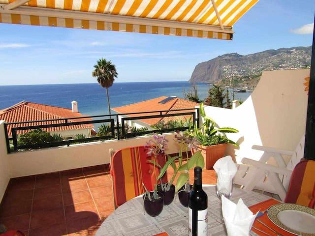 Luzia's Apartment - Nice Views & Peaceful Location