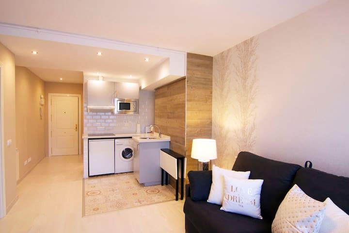 Acogedor apartamento recién reformado para 3 pax