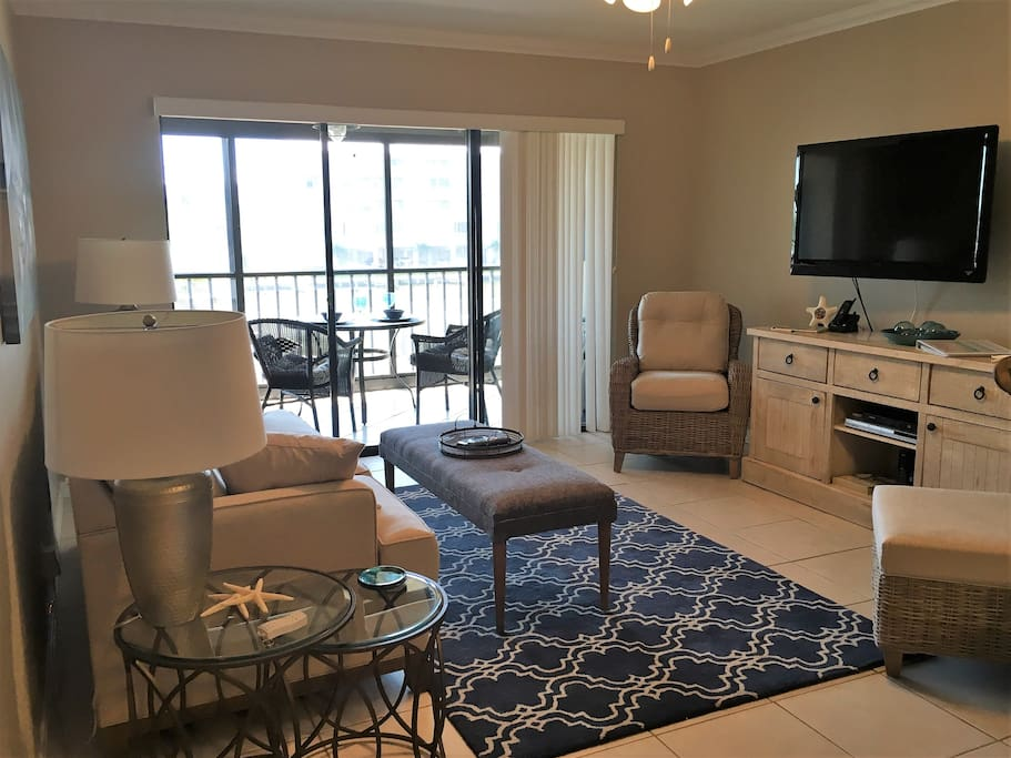 """Larger space to relax in new furnishings and a 40"""" TV with cable and wifi"""