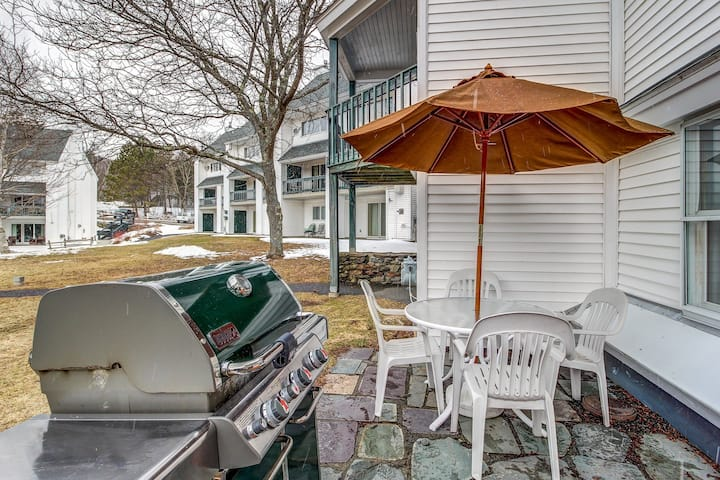 Ski-in/out condo w/ shared pool, slope access, year-round fun