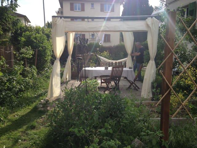 3 pièces, balcon, terrasse rue du Cheminet 45