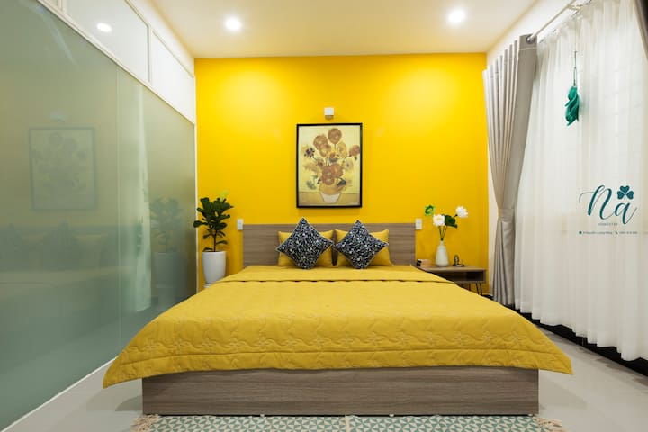 Sunflower Double Room with city view