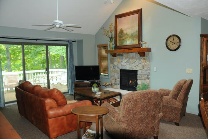 Lovely home near the slopes w/ shared hot tub, private deck, & spacious design!