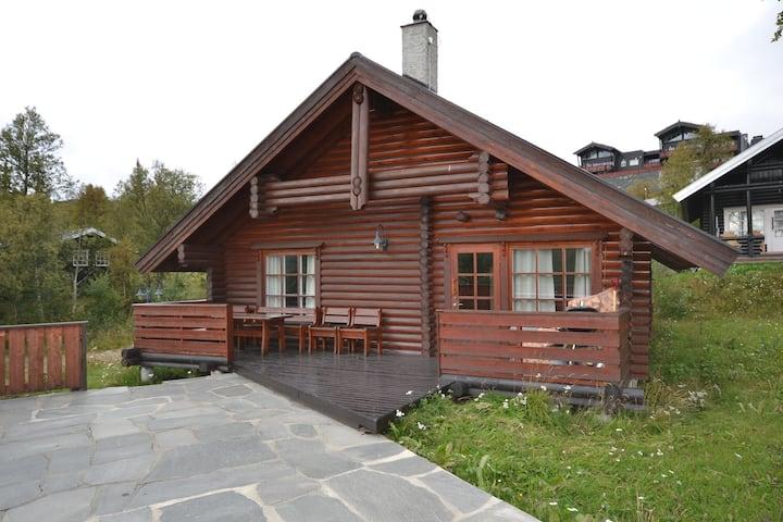 Cozy cottage in central Beitostølen with Sauna
