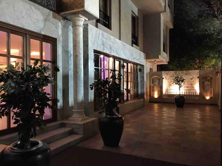 Villa Arabesque- Ramses - Pharaonic room w balcony