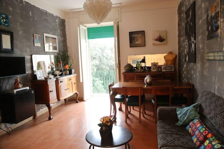 Art apartment in Ercolano center - Ercolano - Leilighet
