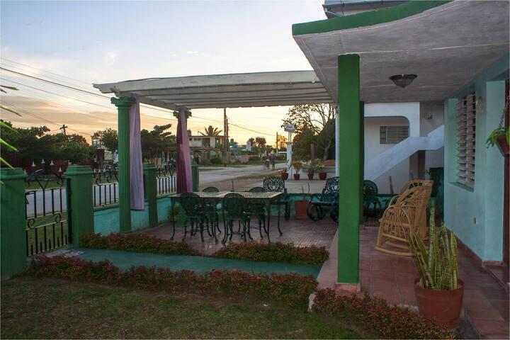 Casa Don Cangrejo Jesus y Carito