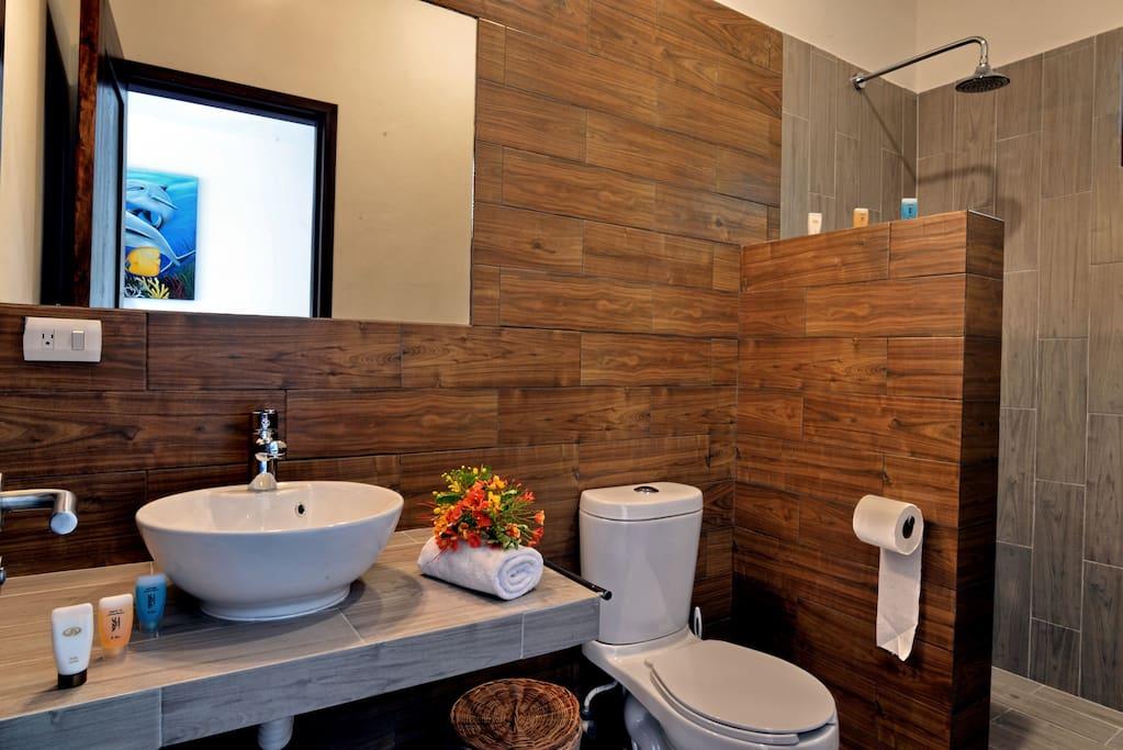 Bathroom, Casa Santiago, Tulum