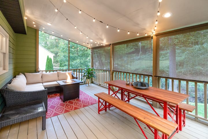 Family-friendly mountain home w/ firepit & Ping-Pong table - Dogs OK!