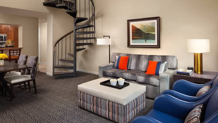 Marriott StreamSide Douglas 2bd+loft, 3bath max 10