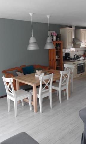 Comfortabele vakantiewoning nabij het IJsselmeer - Opperdoes - Blockhütte