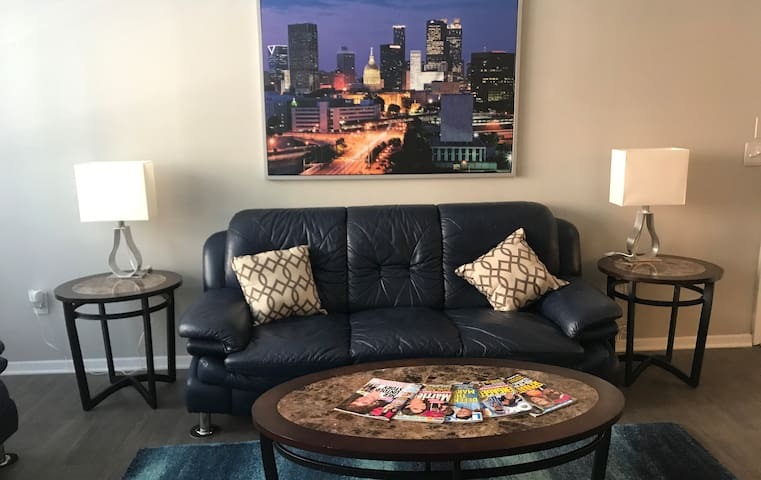 Buckhead 2BDR Condo Your Second Home