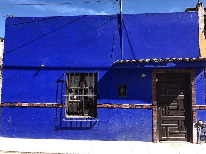 The little blue house - Casita Azul