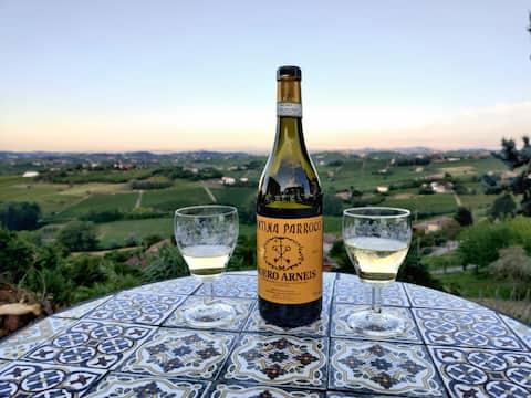 Breathtaking views between Langhe and Monferrato