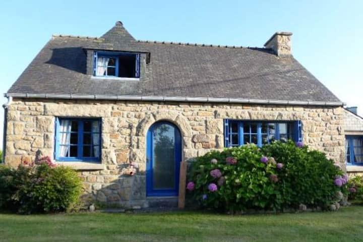 Wunderschönes Natursteinhaus in Portsall, Bretagne