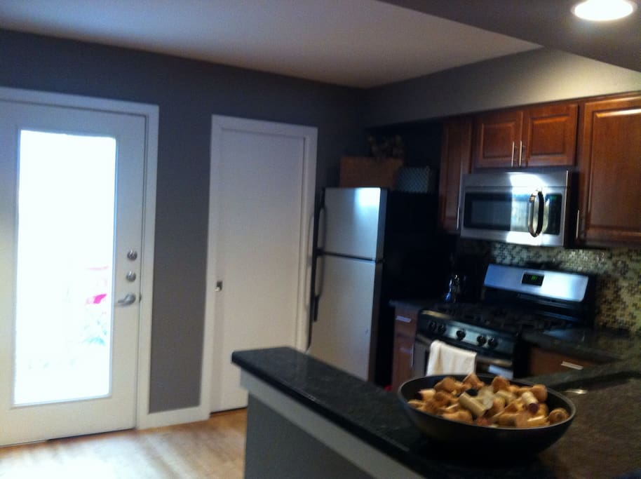 Kitchen-door opens into private yard