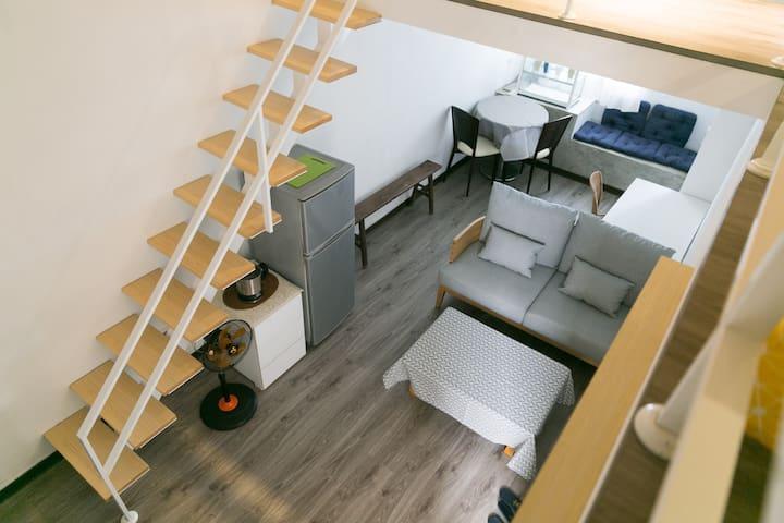Duplex room near by 捷運行天宮(MRT Xingtian Temple) - 台北市 - Apartamento